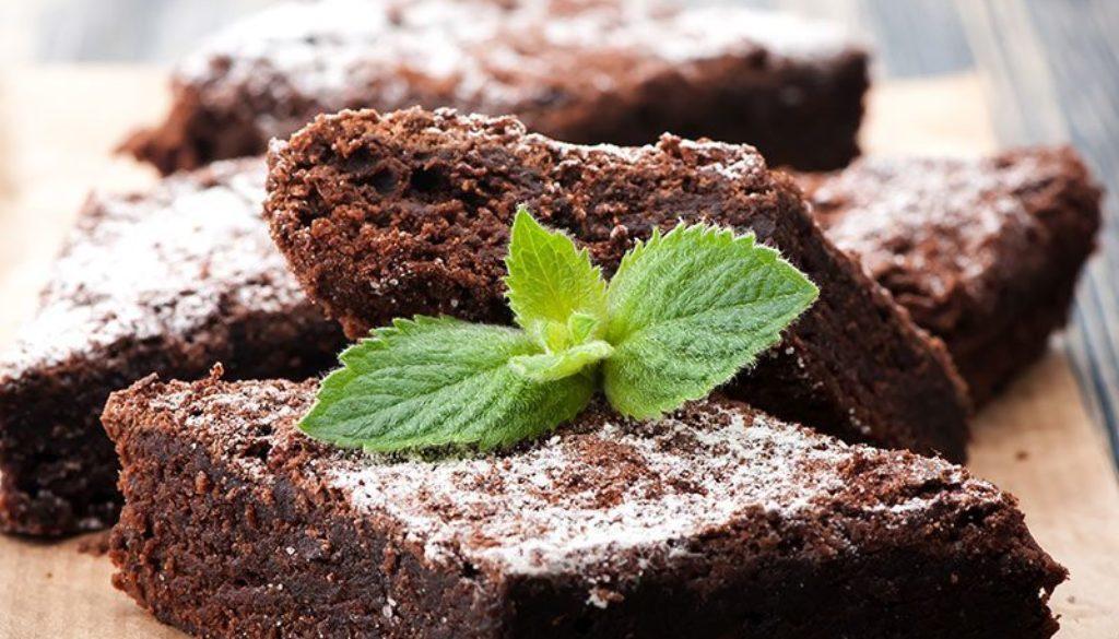 Black-Bean-Brownies-mint-800