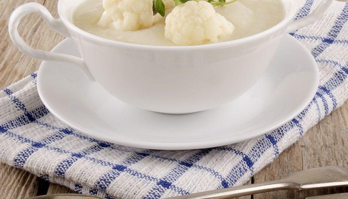 Comfort-Cauliflower-Chowder-800