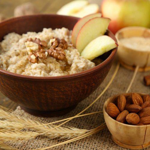 Porridge-With-Nuts-800